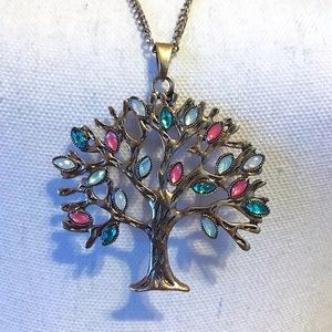 Jewelry - ⬇️5/$20⬇️ Tree of Life Necklace